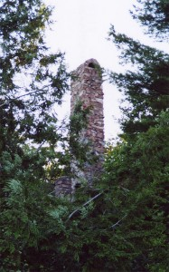 deer-island-stone-house-chimney-ruins
