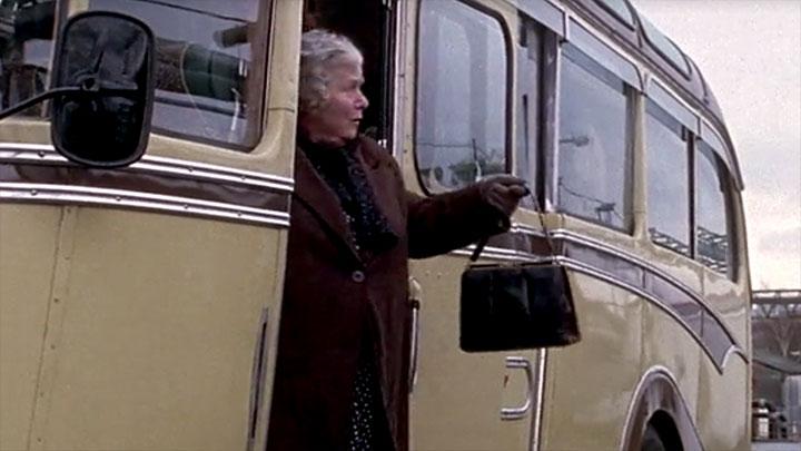 bus-bedford-2