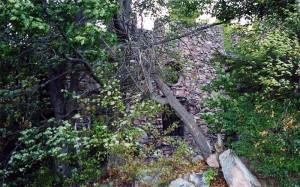 deer-island-large-stone-ruins