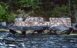 deer-island-outlook-boathouse-ruins